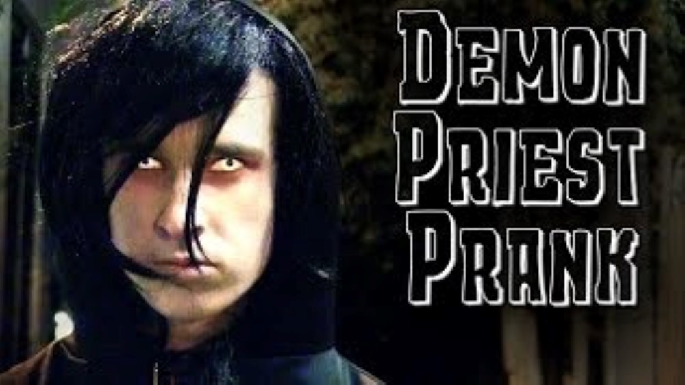 Demon Priest Scare Prank AverageBroTV